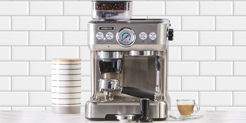 What Are The Factors You Must Look Into When Buying The Best Coffee Maker With Grinder